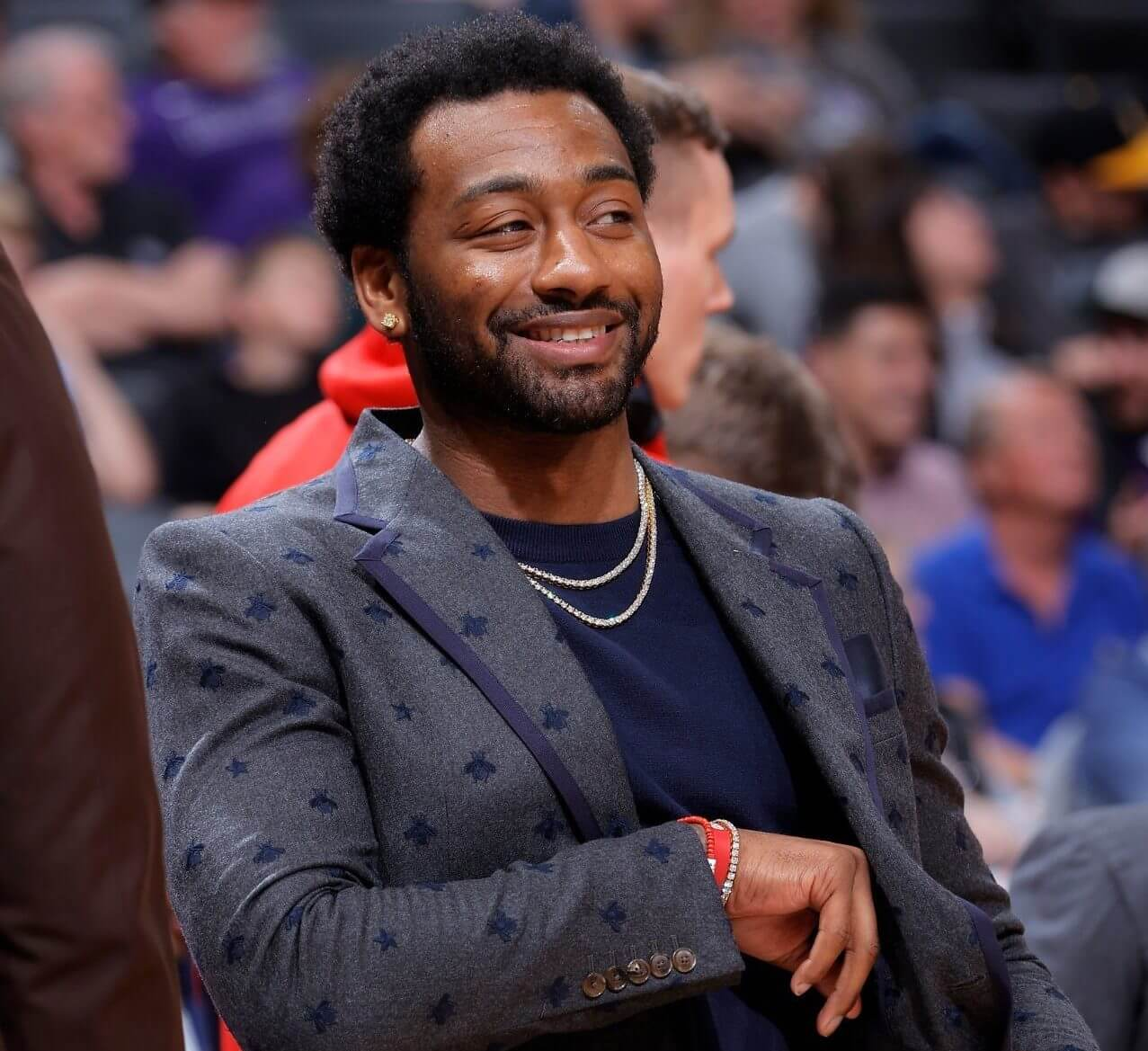 HOOPERS MEET HEROES: WIZARDS' JOHN WALL AND D.C.'S RN ASHLEY JENKINS